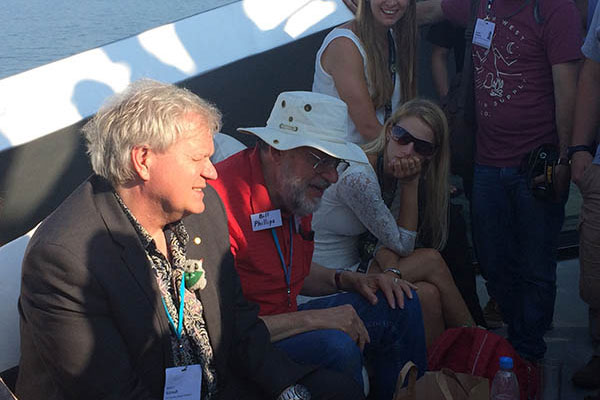 Nobel laureates Brian Schmidt and Bill Phillips enjoy some time out on the water with Lindau meeting attendees. Credit: Alaina Levine